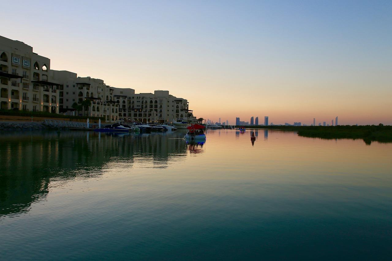 Émirats arabes unis : le réseau de drainage d'Abu Dhabi