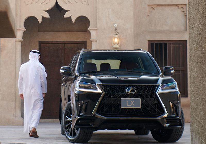 Acheter sa voiture aux Émirats arabes unis